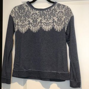Sweater blue white